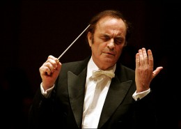 people-conductor-charles-dutoit-mask9