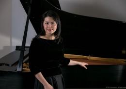 钢琴:区美玲